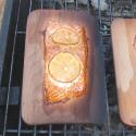 11009 Planked grilled - das Grillgut ist fertig