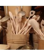 Kochutensilien und Küchenhelfer aus Holz