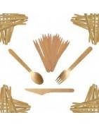 Einweggeschirr und Einwegbesteck aus Holz und Palmblättern